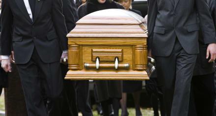 CURIOSO: Novia muere una hora después de casarse por ataque al corazón