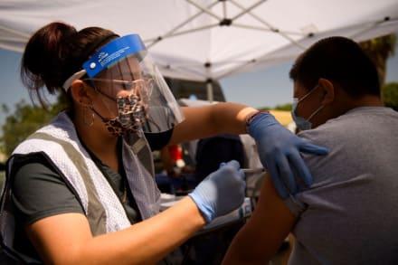 EEUU confía en que tendrá la pandemia bajo control para primavera de 2022