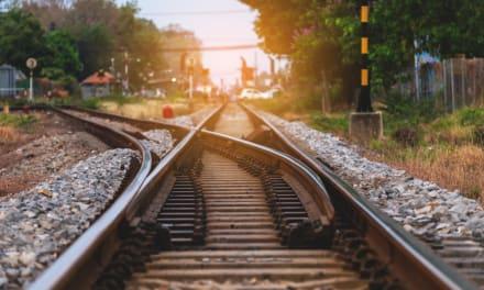 Tres hermanos hispanos mueren atropellados por trenes en incidentes separados