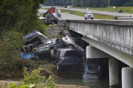 Biden declara estado de desastre en Tennessee tras inundaciones devastadoras