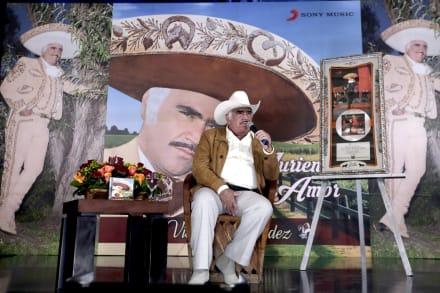 ¡Nueva mala noticia para los Fernández! Doña Cuquita, esposa de Vicente Fernández es hospitalizada