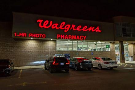 Guardia de seguridad asesina a padre en estacionamiento de un Walgreens