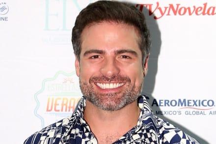 Galán y actor de telenovelas, Roberto Manrique confiesa que es gay (VIDEO)