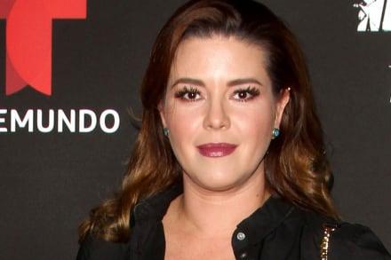 Alicia Machado aparece con el 'nuevo novio' de Kimberly Flores 'muy cariñosos' en comprometedora posición (VIDEO)