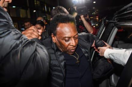 """La leyenda del fútbol """"Pelé"""" ha sido hospitalizado"""