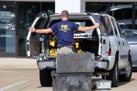 """Se mató juez cuando el FBI iba a arrestarlo por """"filmar niños desnudos"""""""