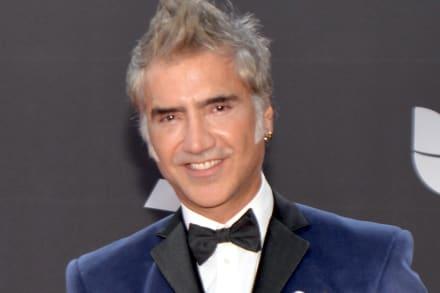 En medio de rumores de muerte de Vicente Fernández, el Potrillo lanza propuesta a cantante(VIDEO)