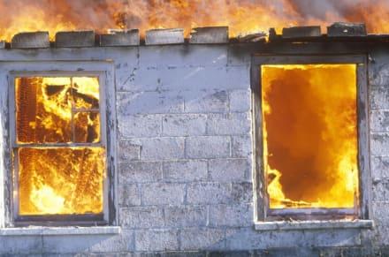 Incendio en casa en Ohio: cinco muertos, entre ellos tres niños, y cuatro heridos