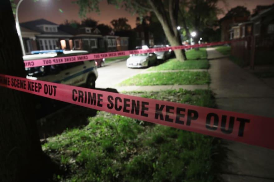 Pelea familiar por el cheque de $1,400 habría desatado el cuádruple homicidio