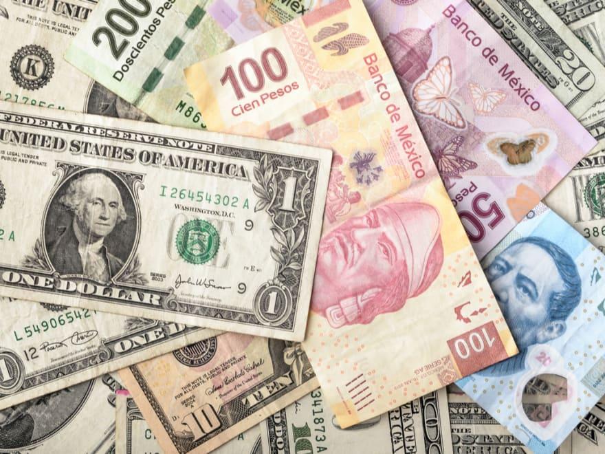 ¿A cuánto está el cambio del dólar al peso hoy 5 de octubre y por qué?
