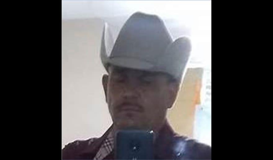 Buscan a menores tras asesinato de su madre en Phoenix