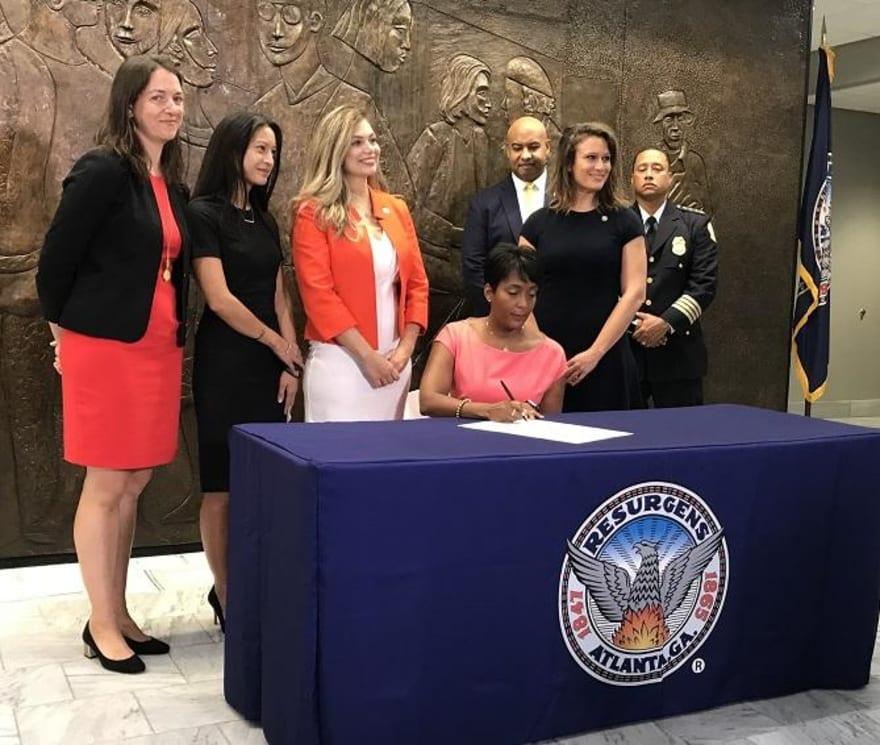 ÚLTIMA HORA: Atlanta anuncia que deja de colaborar con ICE