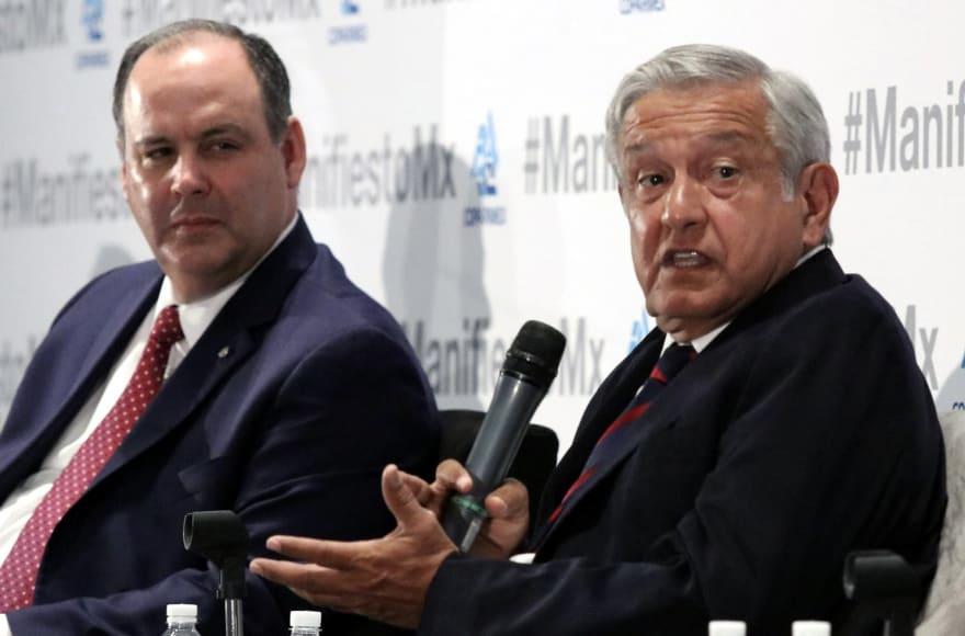 López Obrador proyecta elevar producción petrolera de México en su gestión