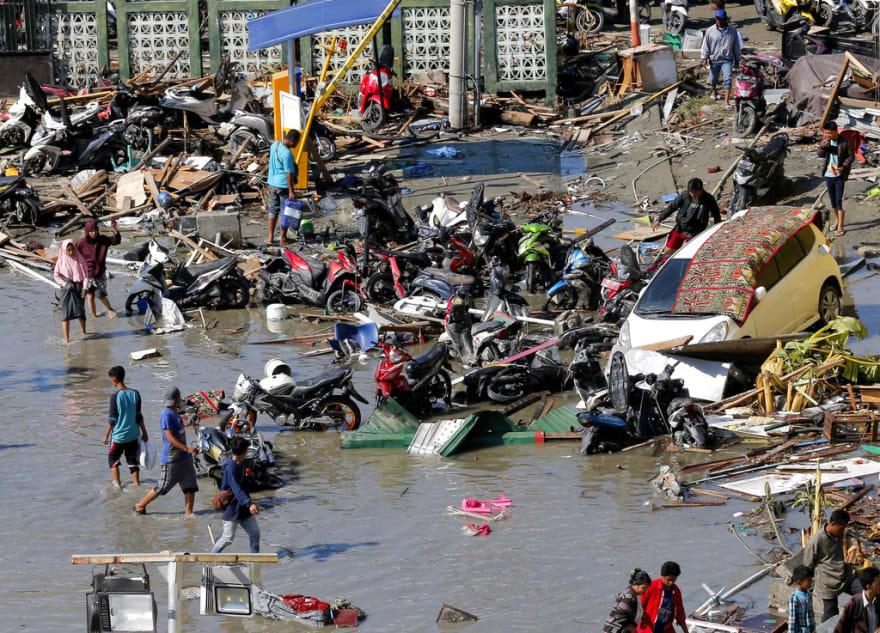 Indonesia: Sube a más de 800 el número de muertos por terremoto y tsunami