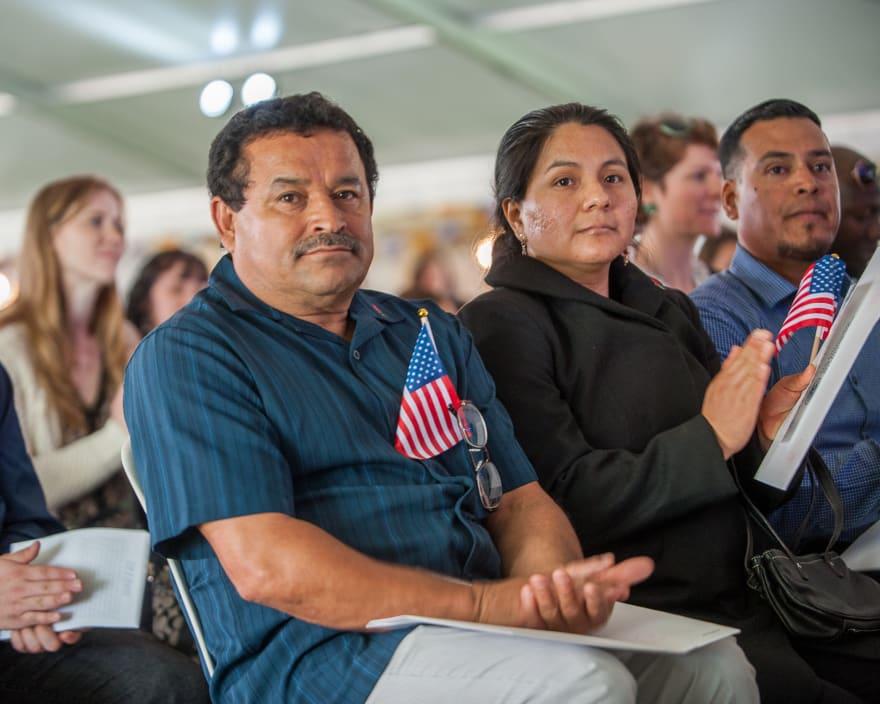 ¿Cómo es el proceso para hacerme ciudadano estadounidense?