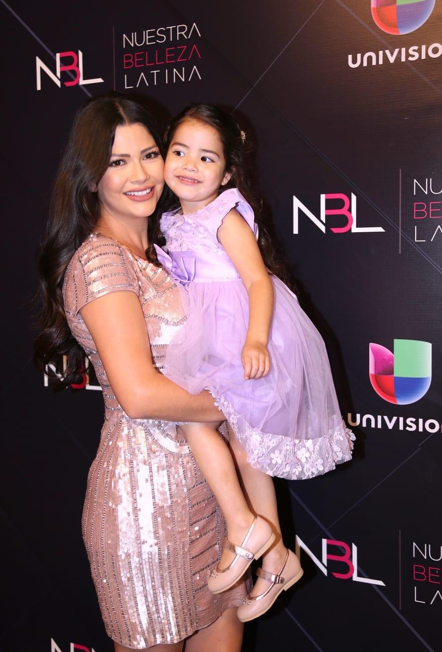 Atacan en redes sociales a Ana Patricia y su pequeña hija Giulietta (FOTO)