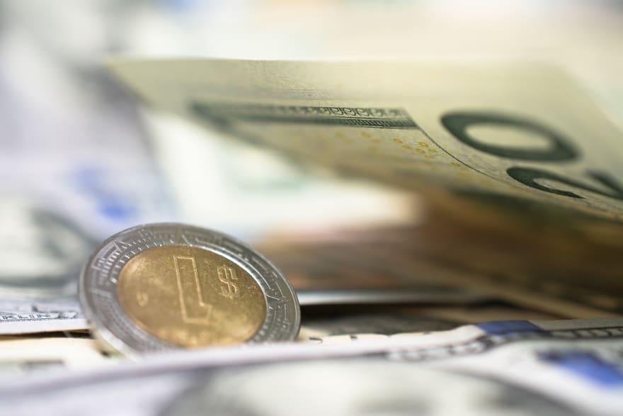 El peso mexicano pierde el 'segundo round' del año frente al dólar