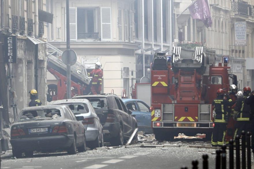 Confirman 2 muertos y decenas de heridos en explosión de panadería en París