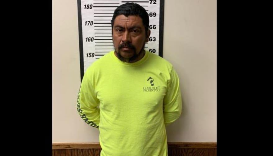 Arrestan a inmigrante con condenas por abuso sexual en parada de tráfico en Texas