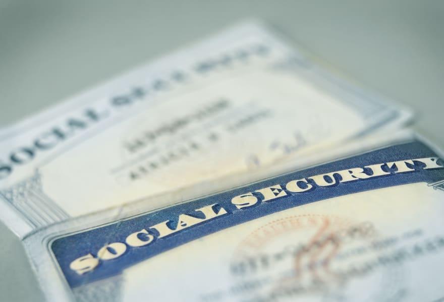 ¿Cómo puedo hacer mis 'taxes' si no tengo número de seguro social?
