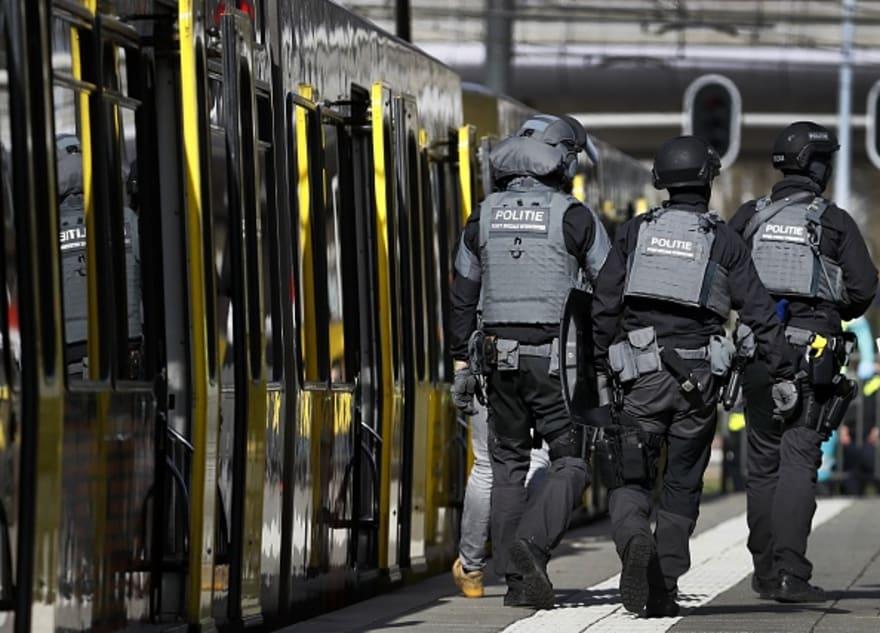 Holanda: Tres muertos y múltiples heridos tras tiroteo en tranvía