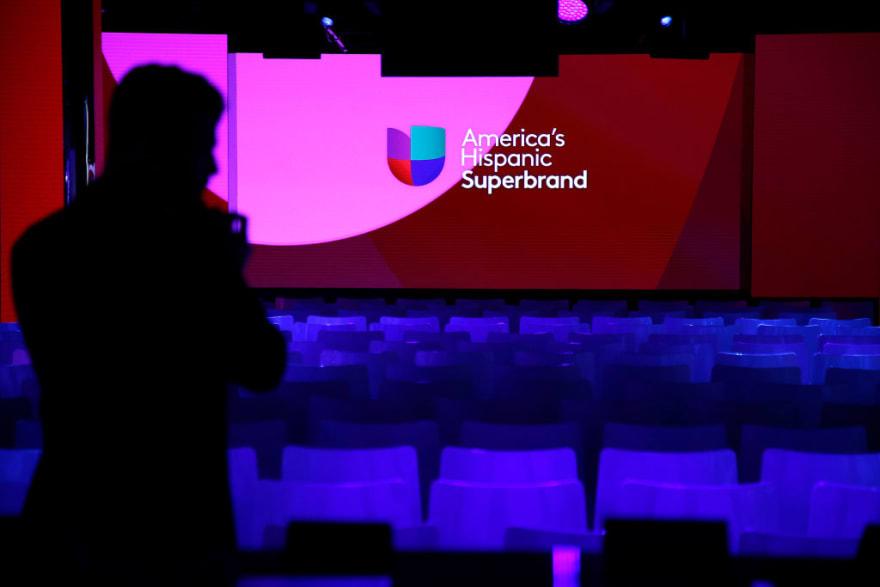 ¿Univision en crisis? Destapan deuda millonaria y posible venta