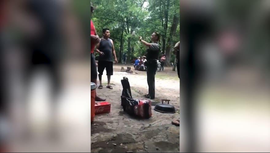 Policía en Oklahoma expulsa a familia hispana de parque por no poseer documentos