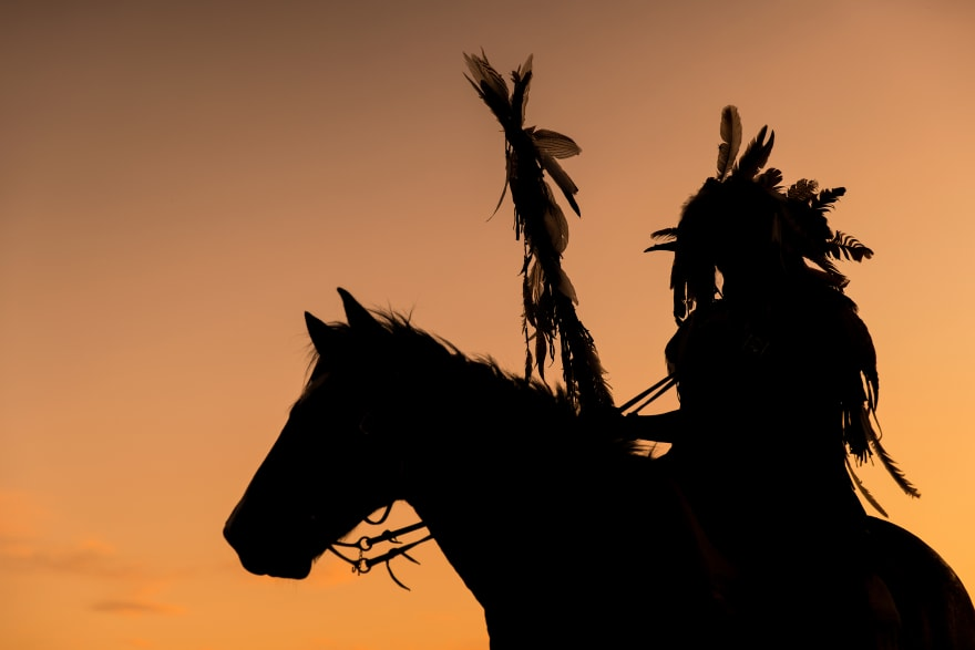 Pueblos nativos de Estados Unidos: Quiénes son, cuántos quedan y dónde están