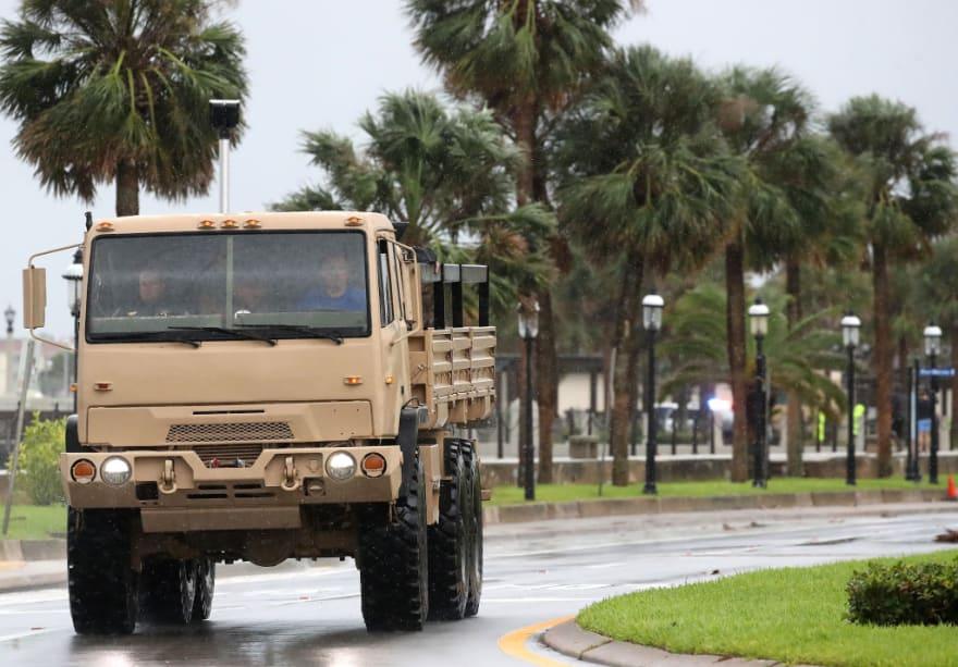 Dorian avanza hacia las Carolinas y ordenan evacuar a un millón de personas