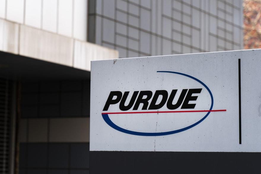 Purdue declara quiebra en medio de demandas en su contra por la crisis de opioides