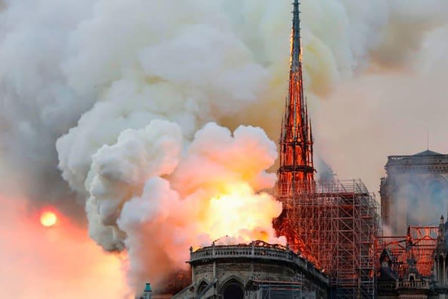 Notre Dame: reportan incendio en emblemática catedral de París