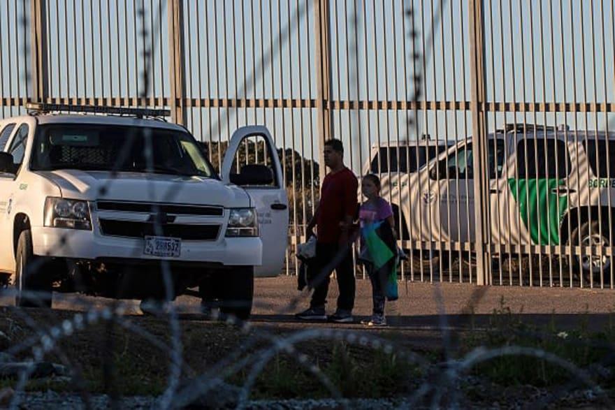 Patrulla Fronteriza detiene más de 700 inmigrantes indocumentados en un solo día