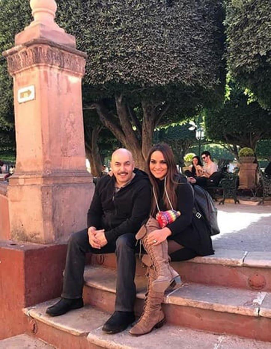 Así se 'consuela' Mayeli Rivera tras anunciar divorcio de Lupillo (FOTOS)