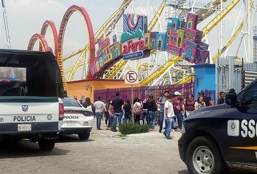 Chapultepec accidente. Confirman tragedia en montaña rusa de la Feria de Chapultepec (FUERTES IMÁGENES)