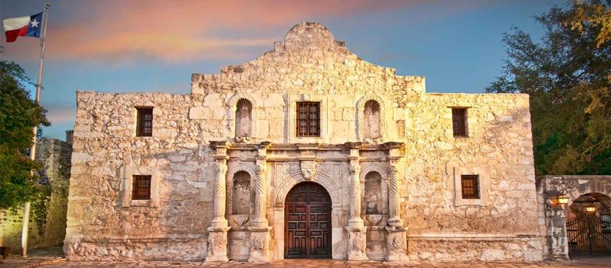 Restos humanos encontrados en El Álamo en Texas desatan batalla legal