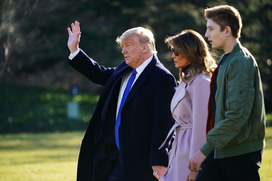 Hijo de Trump es tan alto que personas bromean sobre su futuro en la NBA
