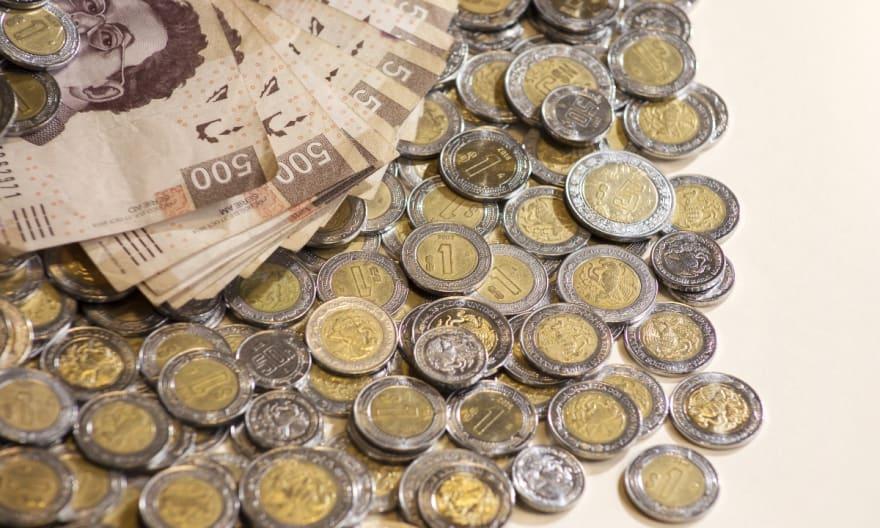 Peso mexicano 27 marzo no lo resiste y vuelve a reportar pérdidas