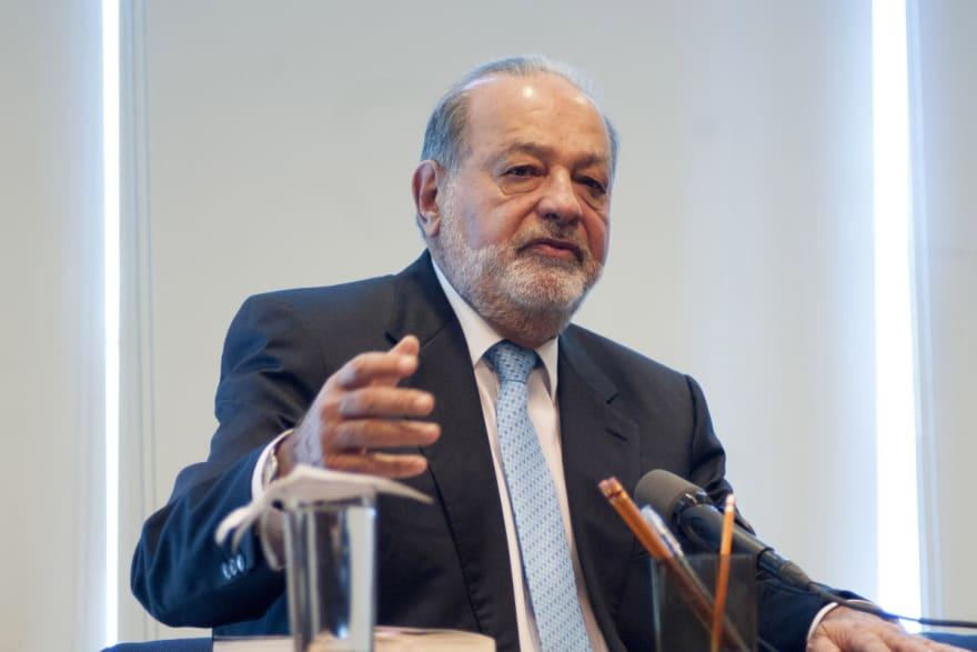 ¡Increíble! Carlos Slim propone elevar edad de jubilaciones por culpa de la pandemia y AMLO revela complot sobre él