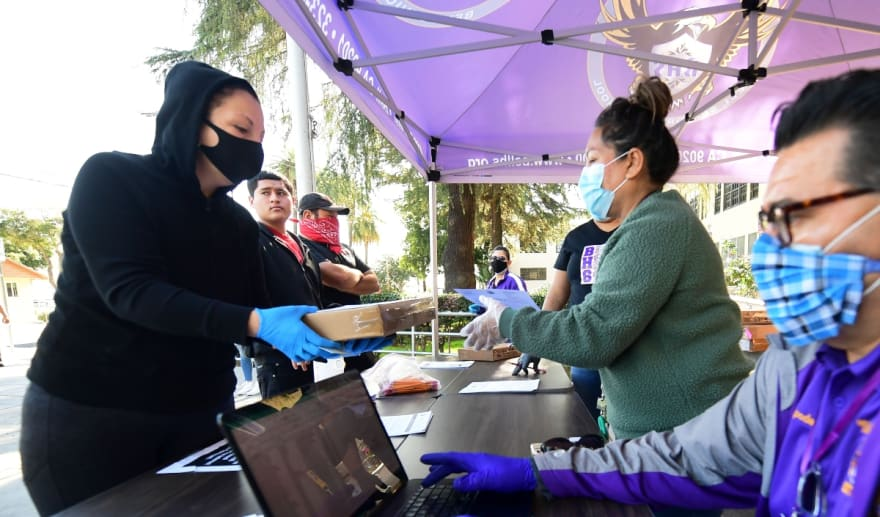 California ayuda indocumentados: Gobernador Newsom confirma dinero por COVID-19