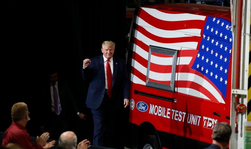 """Estudio de Oxford Economics pronostica """"derrota histórica"""" de Donald Trump en elecciones (FOTO)"""