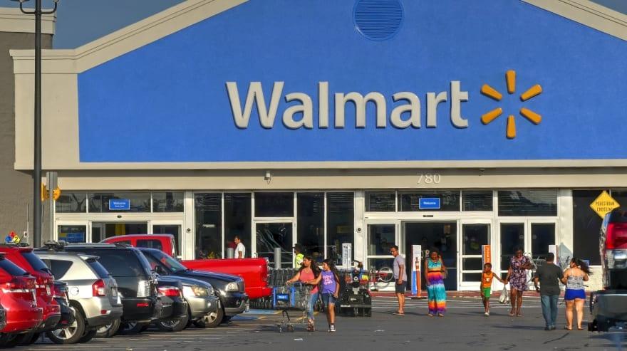 Estadounidenses se gastan su cheque de coronavirus en Walmart, Target y Best Buy