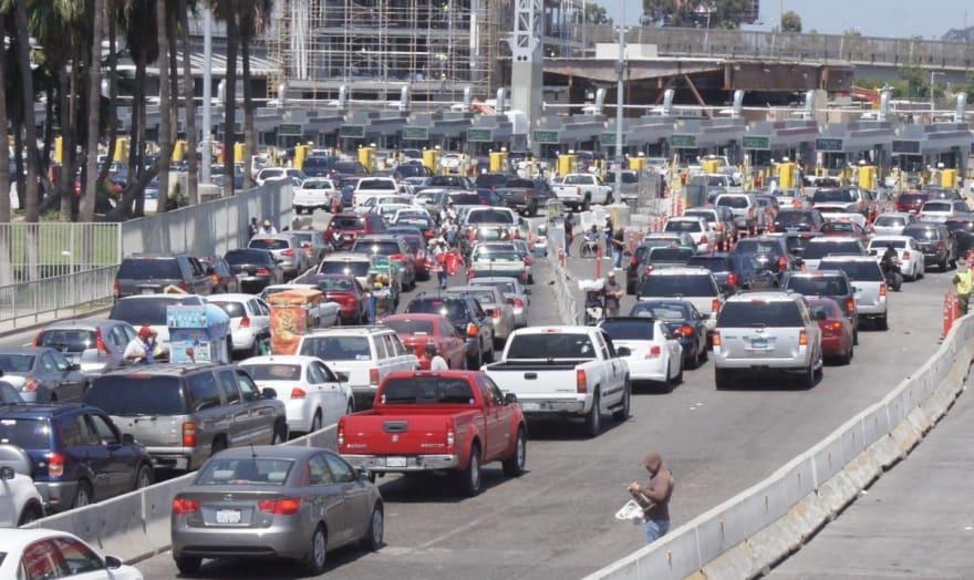 Analizan México y EE.UU. cierre de frontera hasta agosto por coronavirus (FOTO)