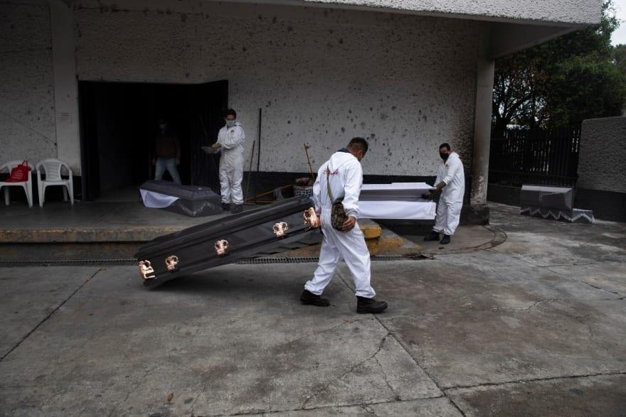 México repatriará urnas con paisanos muertos por coronavirus en EE.UU. (FOTOS)