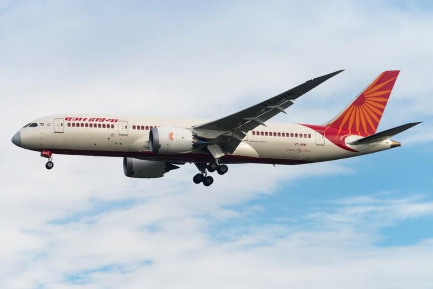 Avión de Air India con 191 personas se parte en dos al aterrizar (FOTOS)