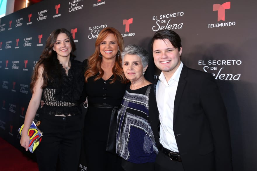 Justo cuando despiden a María Celeste de Telemundo, su hijo destapa secreto de su vida (VIDEO)