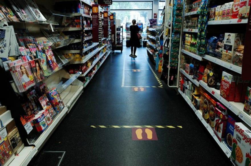 New Jersey: Tienda obliga a hispanos a hablar inglés o deberán pagar diez dólares