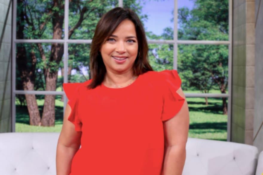 La Chacha (28 de Agosto) ¿Se arrepienten de no 'tocarla'? Adamari López está en 'peligro' de ser corrida de Un Nuevo Día (FOTO)