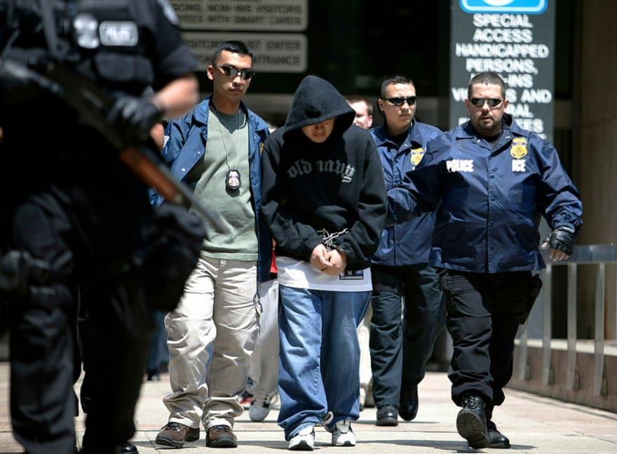 Florida: Gobernador anuncia acuerdo para detectar a indocumentados