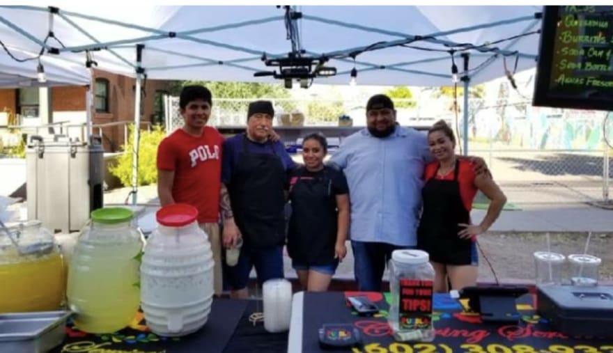 Arizona: Familia hispana pierde su negocio y a 8 miembros por la pandemia del COVID-19