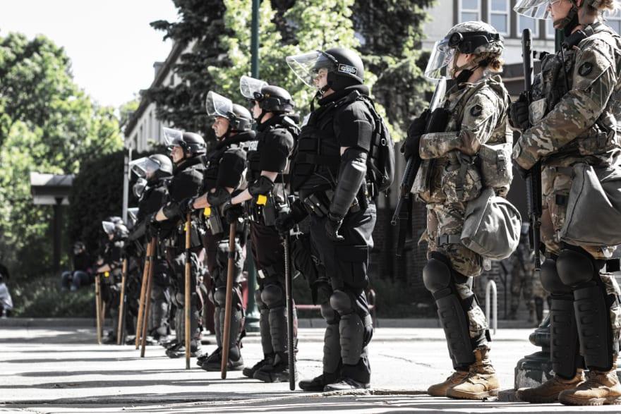 La Guardia Nacional enviará 1,000 tropas a Texas por elecciones